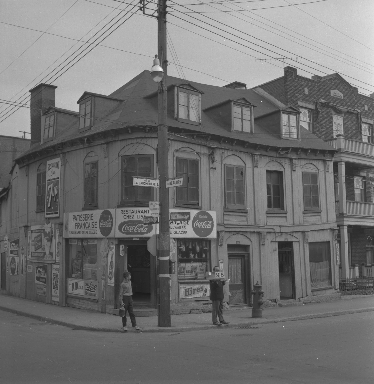 Restaurant Rue Ontario Montreal