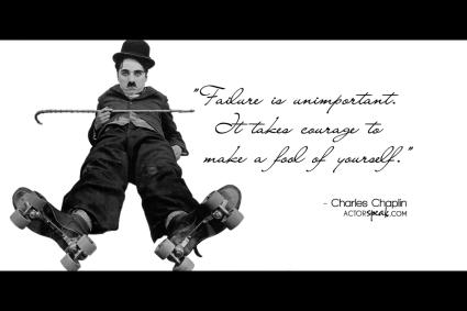 Chaplin tombe sur le cul